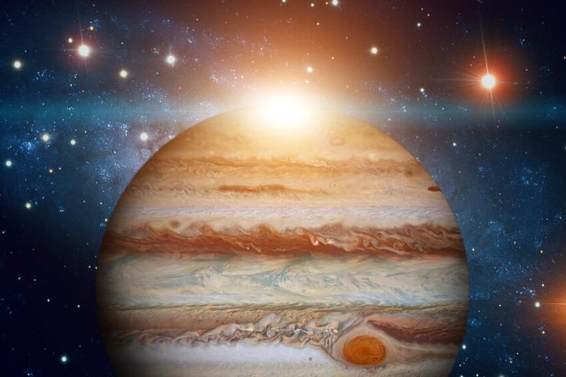 Динамичен ноември. Юпитер навлиза вСтрелец.